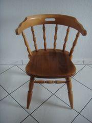 Stühle mit Armlehne