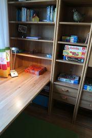 Jugendzimmer inkl Schreibtisch,