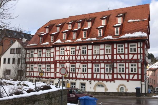 Münsingen Zentrum 1 » Vermietung 1-Zimmer-Wohnungen
