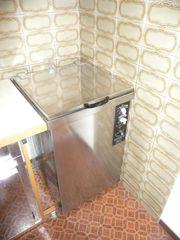 Fangoküche mit Ofen Wärmeschrank und