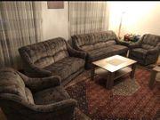 Couchgarnitur mit Tischen zu verschenken