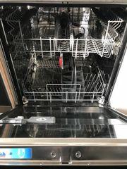 Spülmaschine Zanussi voll