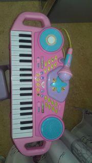 Klavier Spielzeug