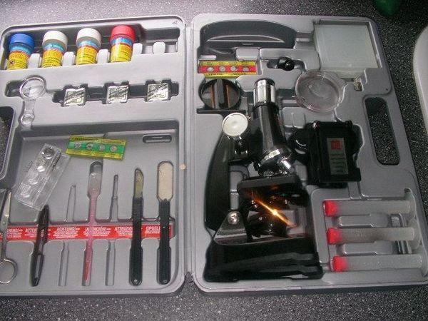 2x kinder mikroskope set in muggensturm spielzeug: lego playmobil
