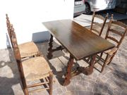 Eichentisch 4 Stühle antik aus