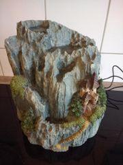 Zimmerbrunnen mit Bergmotiv