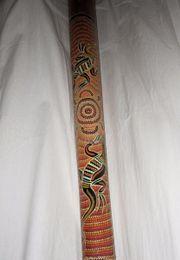 Didgeridoo mit Ethno Malerei aus