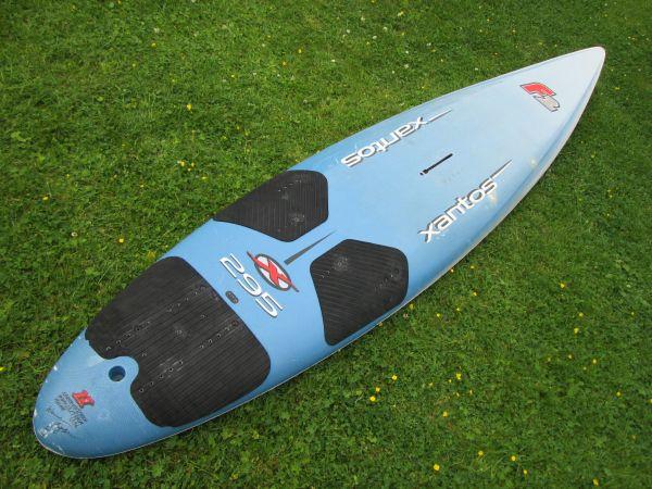 Surfboard F2 Xantos 295 ideal zum SUP - Holzkirchen - Surfboard F2 Xantos 295 in gutem Zustand und dicht sehr gut für SUP (Stand up padeln) geeignet / Sehr leicht und schnell / Länge: ca 295 cm, Breite: ca 60 cm, Trägt ca 135 kg / Kontaktaufnahme wenn möglich bitte lieber per Telefon (0160  - Holzkirchen