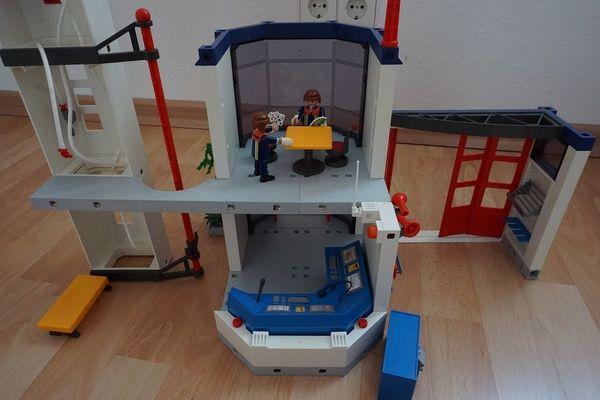 Playmobil 4819 Feuerwehrstation Feuerwache In Esslingen Am