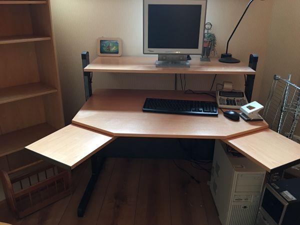 computertisch buche kaufen computertisch buche gebraucht. Black Bedroom Furniture Sets. Home Design Ideas