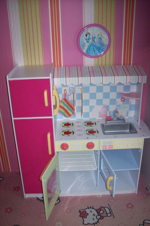 Kinderküche - Spielzeugküche aus Holz von toys r us in Ochtendung ...