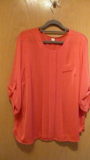 Rote tolle Bluse
