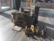 Playmobil Raubritterburg 4866 plus zusätzliche