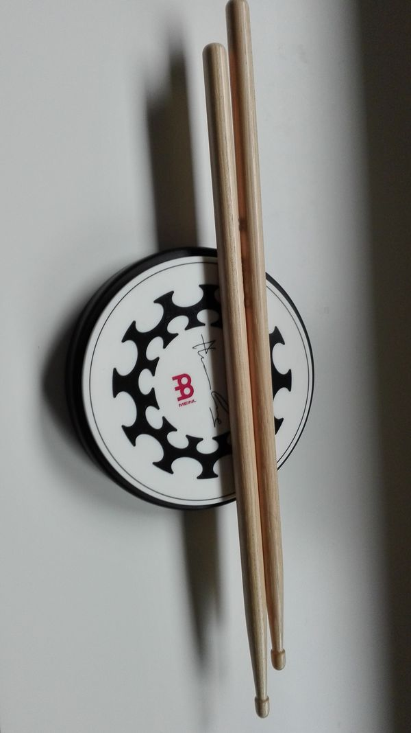 Drumsticks 5A + Übungspad » Drums, Percussion, Orff