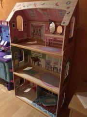 Barbie Haus KidsKraft Holz Puppenhaus