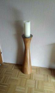 1 Kerzenständer Massiv Holz