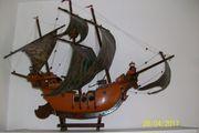 Modell-Holzschiff