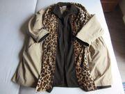 Mantel Longjacke Ulla Popken beige mit Leopard Muster Gr. 50/52 gebraucht kaufen  Uhingen