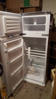 Einbaukühlschrank Kühl/Gefrierkombination
