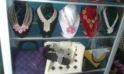Taschen,Armbänder,Halsketten,