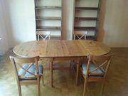 Holztisch + 4 Holzstühle