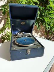 ULTRAPHON-Koffergrammophon incl 15 Schellack-Platten Ständer