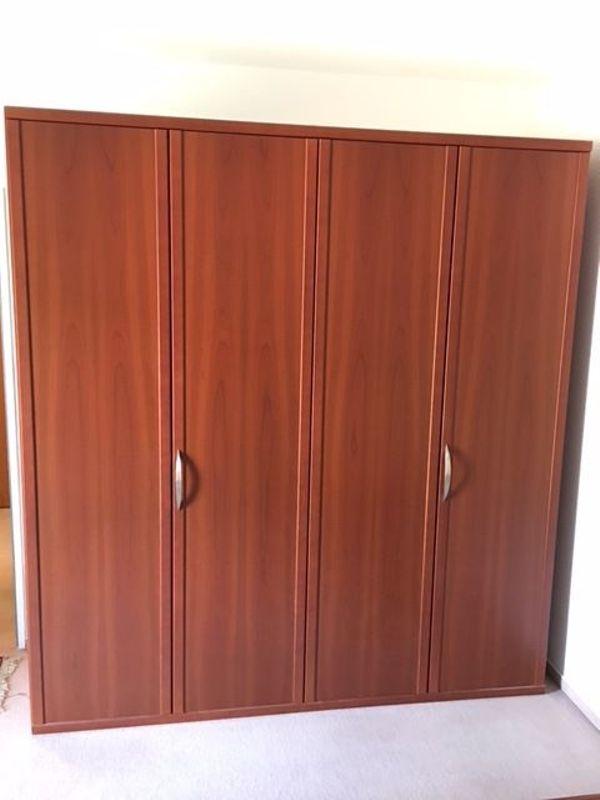 Schlafzimmer in Kirschbaum Schrank Singlebett