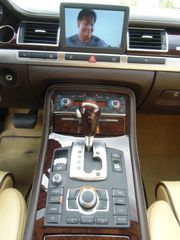 Audi A8 6.