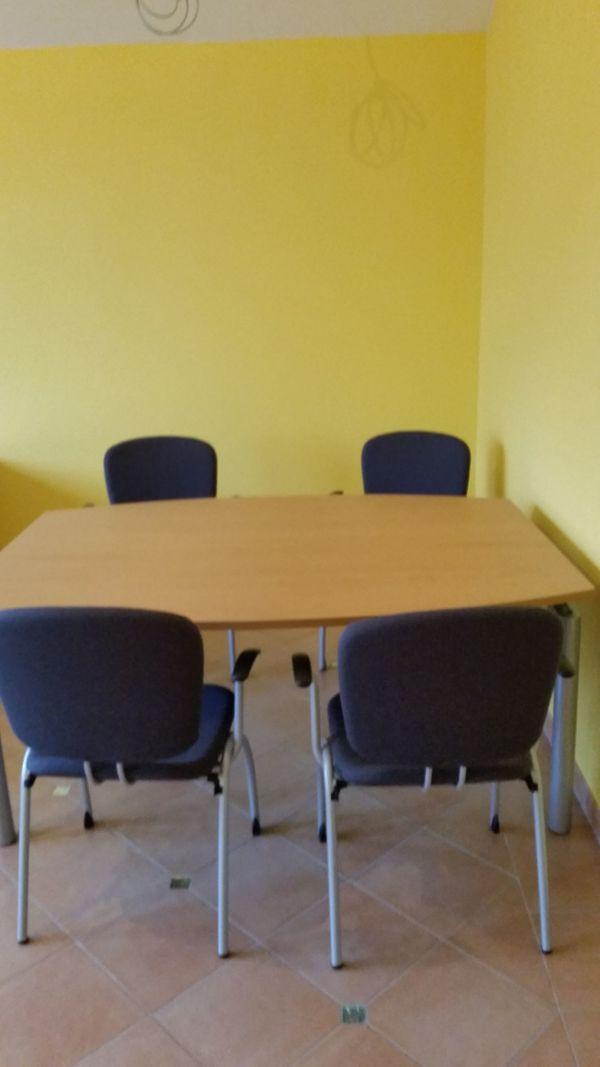 Besprechungstisch Mit 4 Stuhlen Pfalzmobel In Dossenheim Buromobel