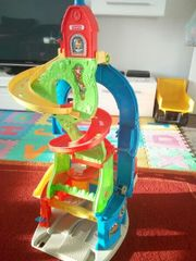 Fisher Price Parkhaus