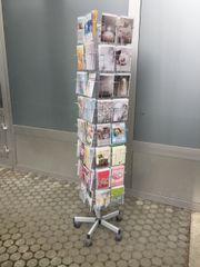 Kartenständer mit Karten