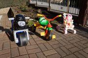 Dreirad Kinderwagen und ein Buggy