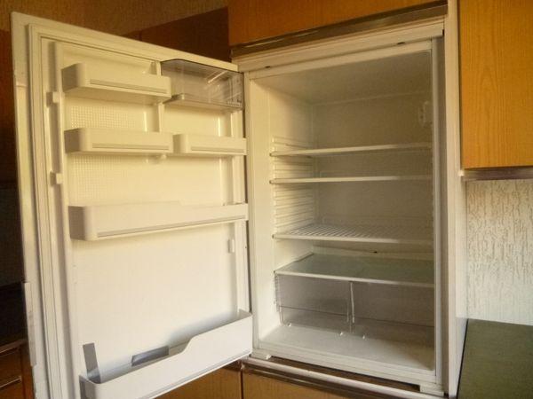 Auto Kühlschrank Kleinanzeigen : Kühlschrank herd backofen spüle mit armatur einbaumöbel in