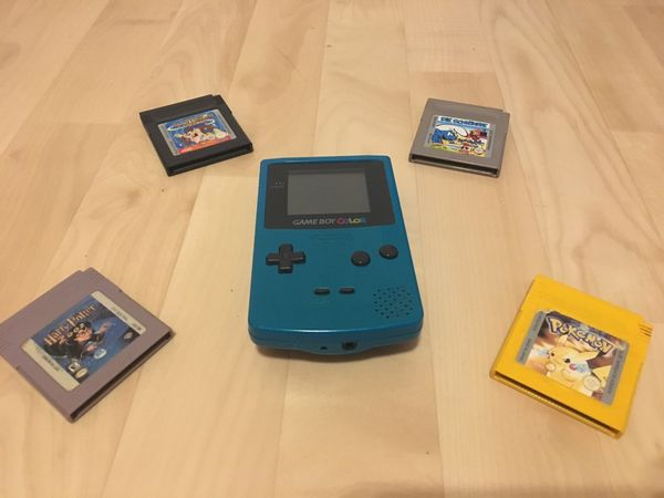 Voll funktionsfähiger Gameboy Color mit