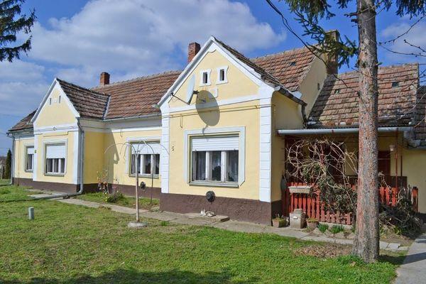Great Echtes Ungarisches Herrenhaus » Ferienimmobilien Ausland