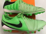 Nike Fußballschuhe 42.