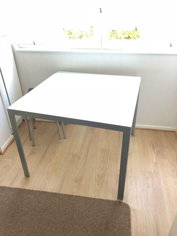 Tisch mit Glasplatte & Alurahmen in Düsseldorf - Gartenmöbel kaufen ...