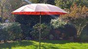 Gebrauchter Sonnenschirm, Terracotta,