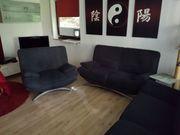 Dreiteiliges Sofa