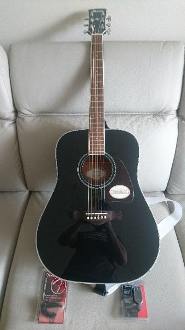 Neuwertige Ibanez Solid » Gitarren/-zubehör