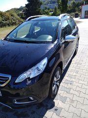 Peugeot 2008 - schwarz - Erstzulassung 03