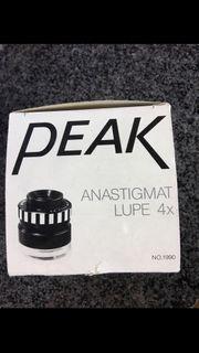 PEAK 1990-4 Anastigmatische Lupe 4x