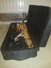 Neuwertiges Alt-Saxophon Eb - ideal für