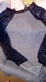 Langarm T-Shirt mit Spitze