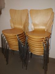 18 Stühle stapelbar