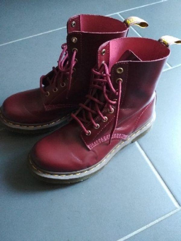 Schuhe Größe Dr 38 Weinrot In Boots Mannheim Neu Martens qZzRznC
