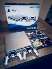 PS4 in Silber