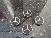 4x Mercedes-Benz