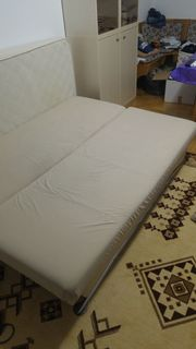 Couch mit Bettkasten