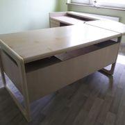Schreibtisch u. Sideboard